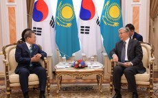 President of Kazakhstan Kassym-Jomart Tokayev has talks with President of Korea Moon Jae-In in a narrow circle