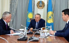 Meeting with Kozy-Korpesh Dzhanburchin, the Chairman of the Accounts Committee for Control over Execution of the Republican Budget